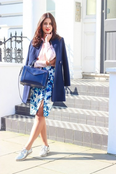 4880290_Oasis_Tatiane_London_FashionContainer3-824x1236