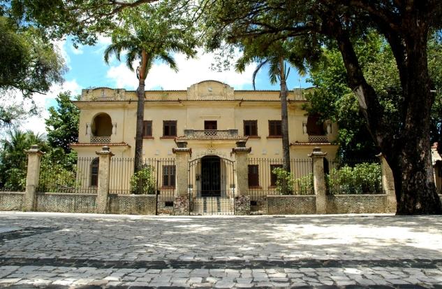 fachada-casa-principal