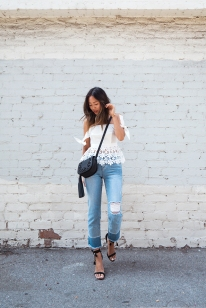 Aimee_song_of_style_self_portrait_peplum_corset_top_frayed_denim_raye_Sandals_plac_jeans