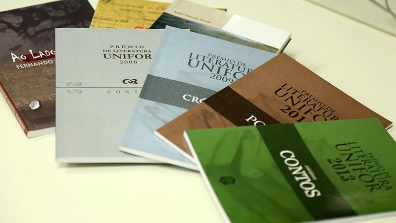 Premio-Literatura-Unifor-obras-foto-Ares-Soares-800